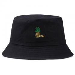 Бродирана шапка с ананас...