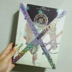 """MONSTA X 1st Album """"THE..."""