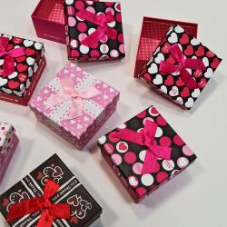 Подаръчна кутия със...
